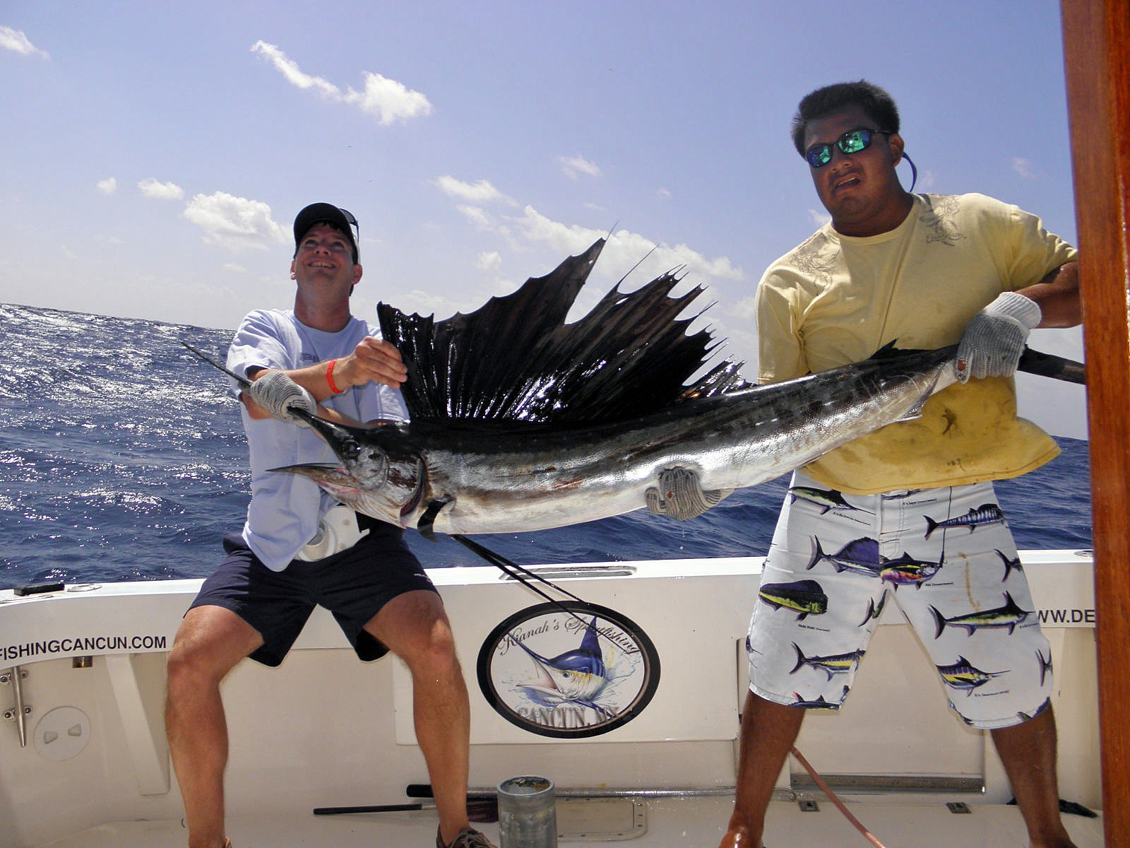 Cancun fishing fishing in cancun cancun fishing crew for Fishing in mexico
