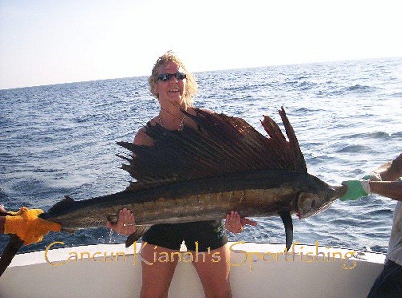 Cancun fishing charter rates fishing in cancun and isla for Cancun fishing seasons